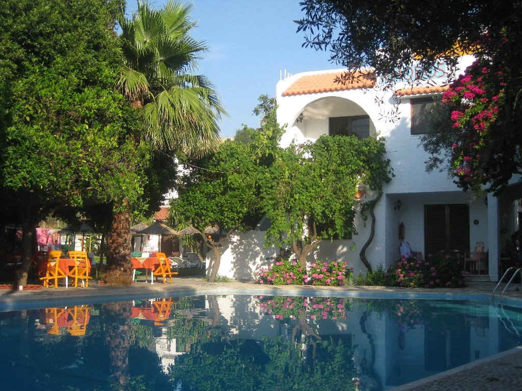 Oasis Hotel Bungalows (Afandou)