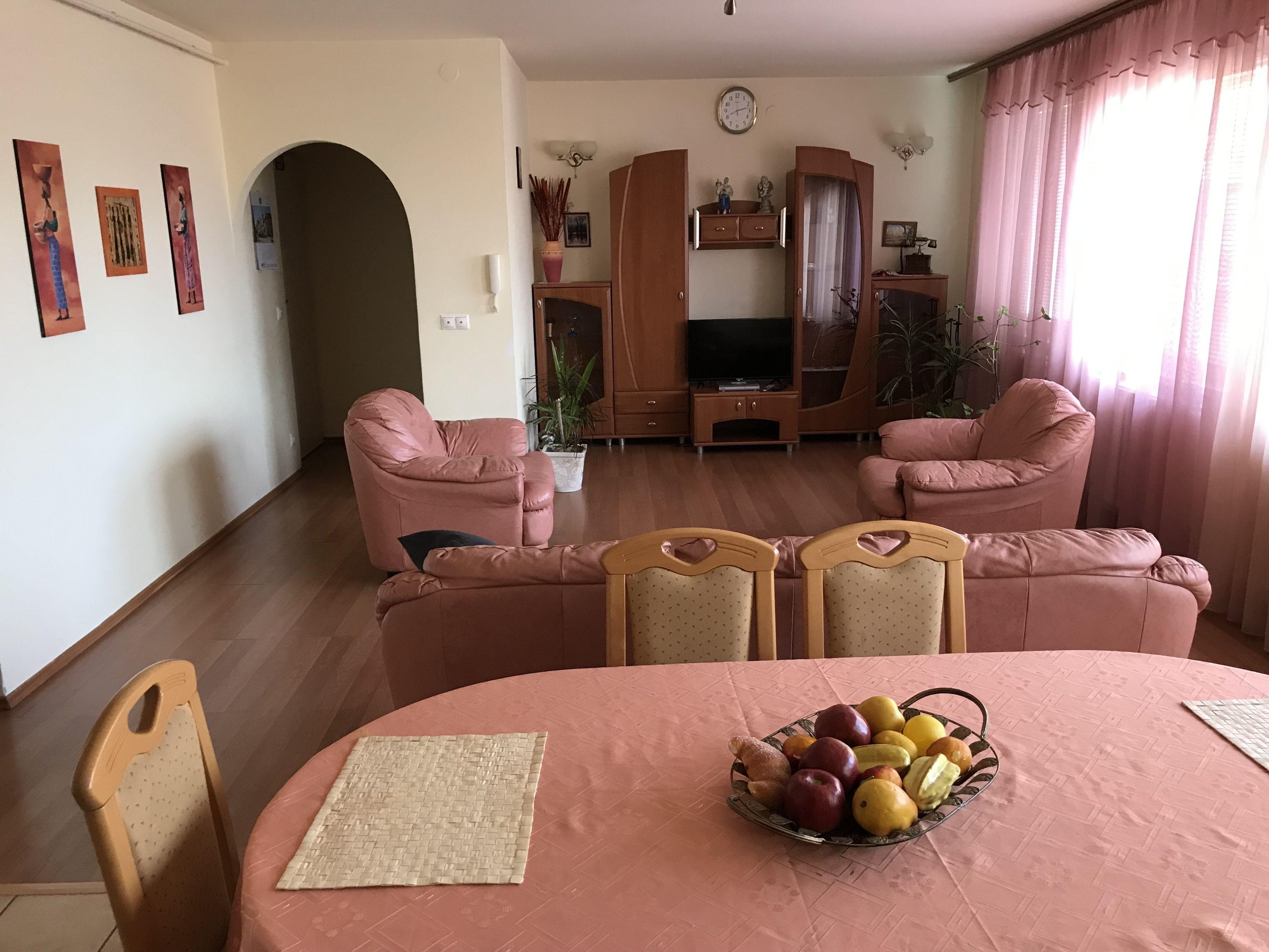 Lotusz Apartments