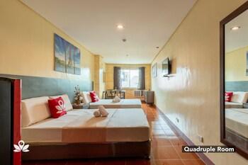 ZEN Rooms Haeinsa Condotel QC