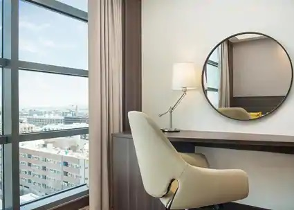 HAMPTON BY HILTON DUBAI AIRPORT 3 *