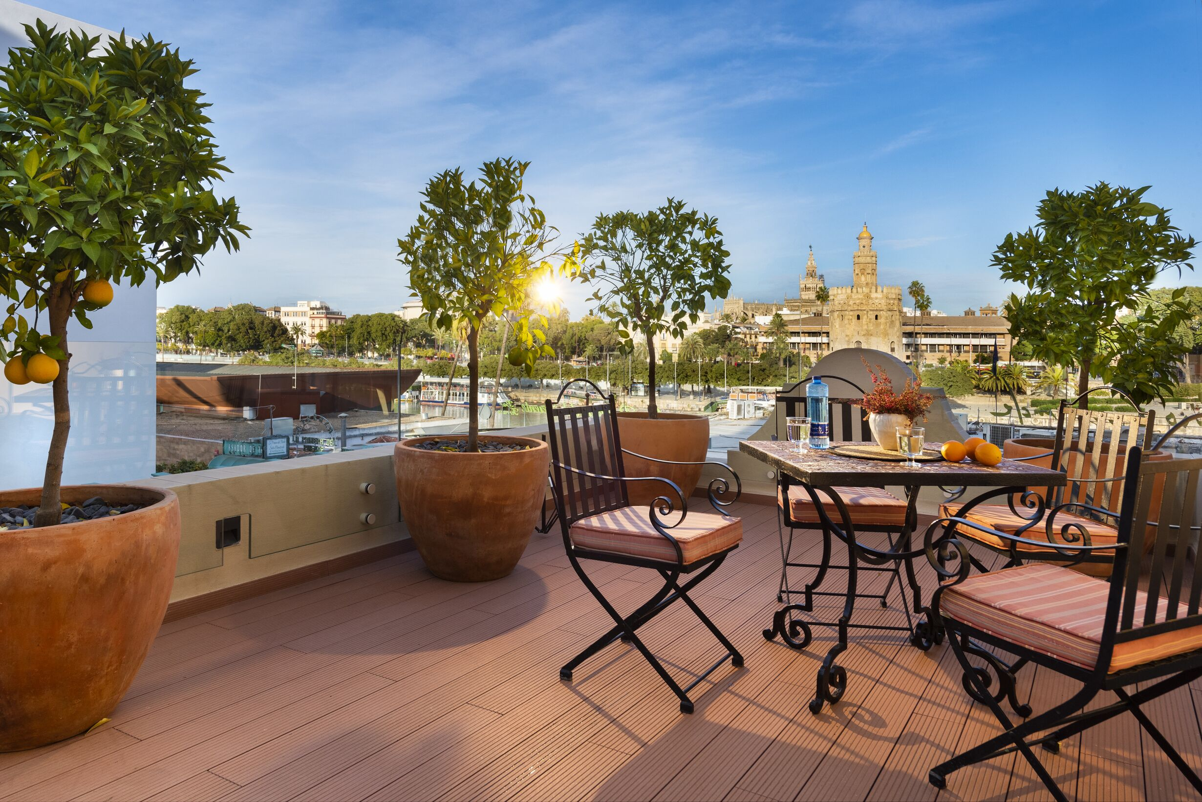 Casa Del Poeta Triana Suite And Homes Seville