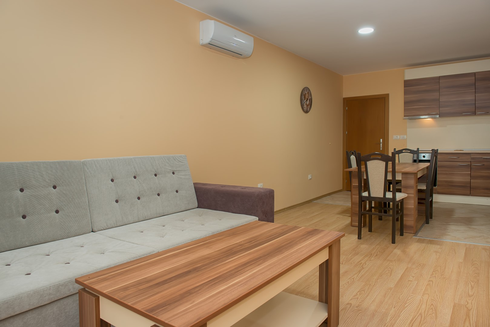 Garden of Eden Rent Apartments only /PM/