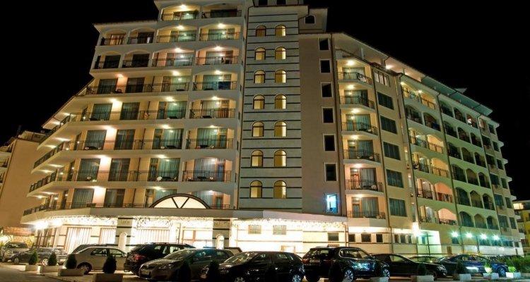 Karolina - Menada Apart-Hotel