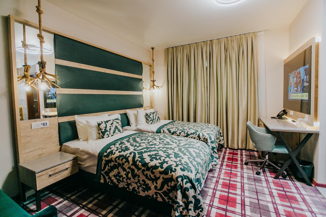 Sejur cu pensiune completa - Hotel Lostrita