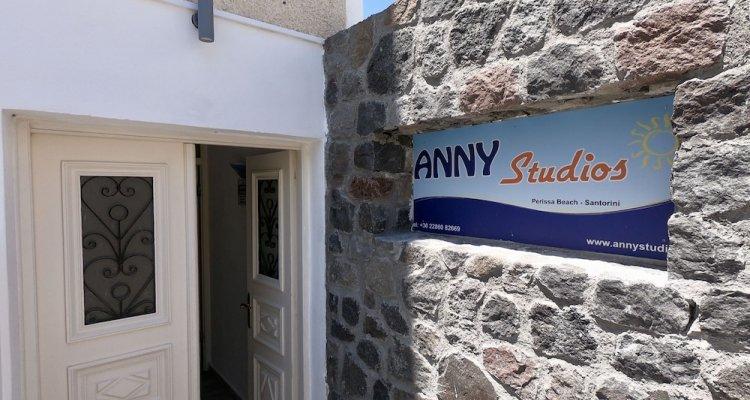 Anny Studios Perissa Beach