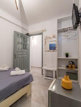 Orpheas Rooms