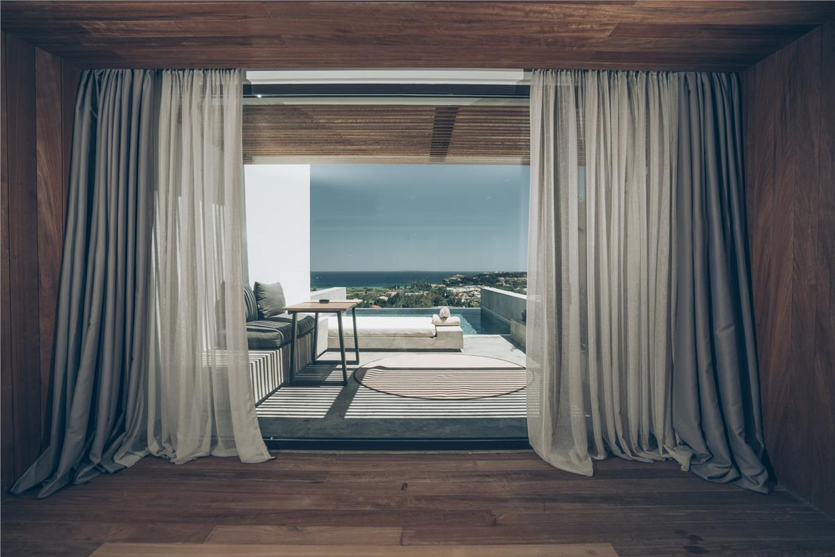 Zante Maris Suites Hotel