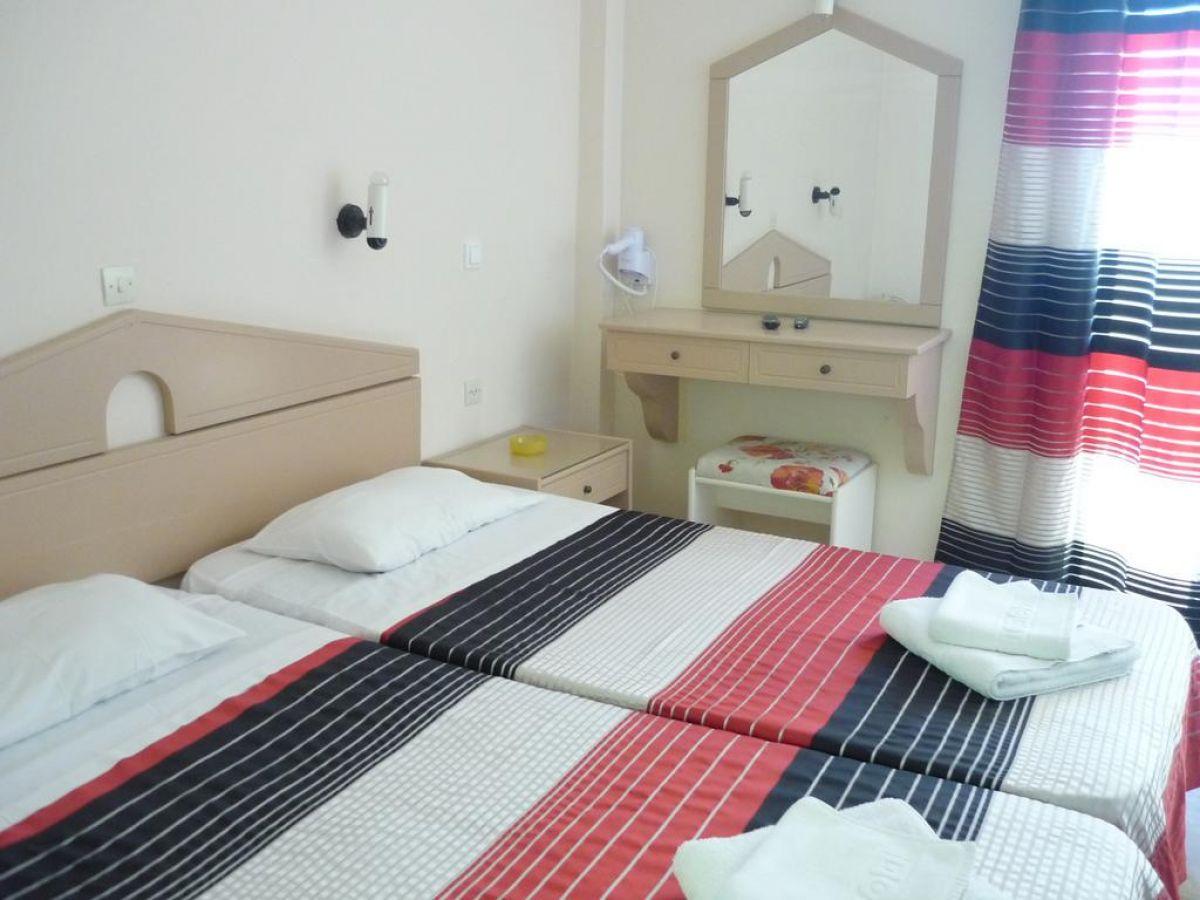 Karina Hotel
