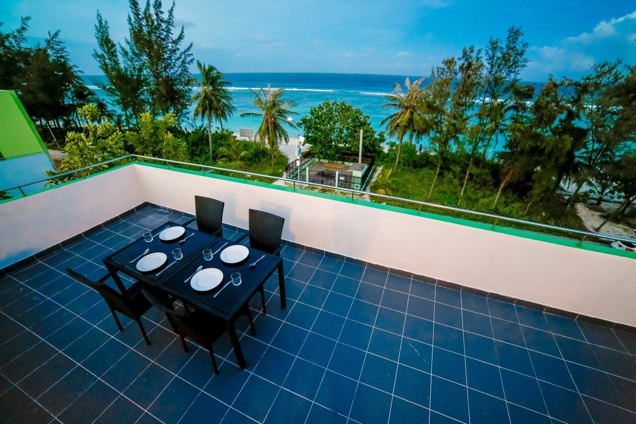 Beach Grand & Spa Premium
