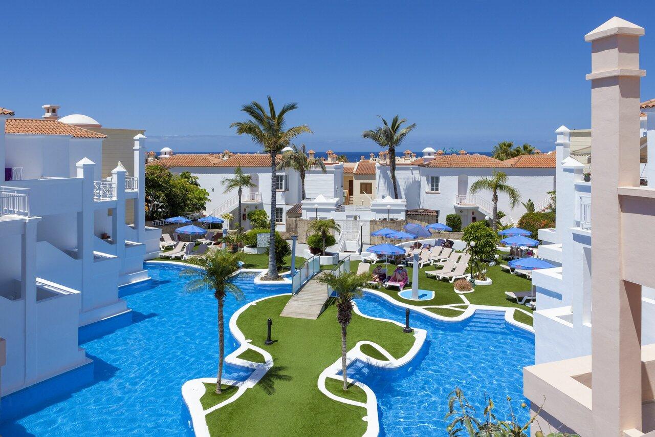 Adonis Resorts - Villas Fanabe