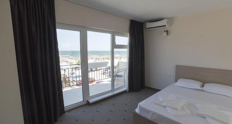 Sammos Beach Resort
