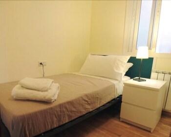 Alguera Apartments Napols