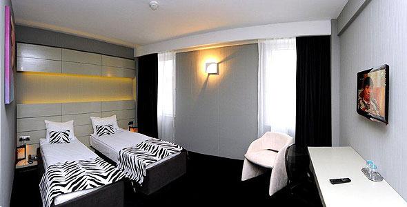 Hotel Plaza V