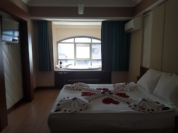 TAC PREMIER HOTEL SPA