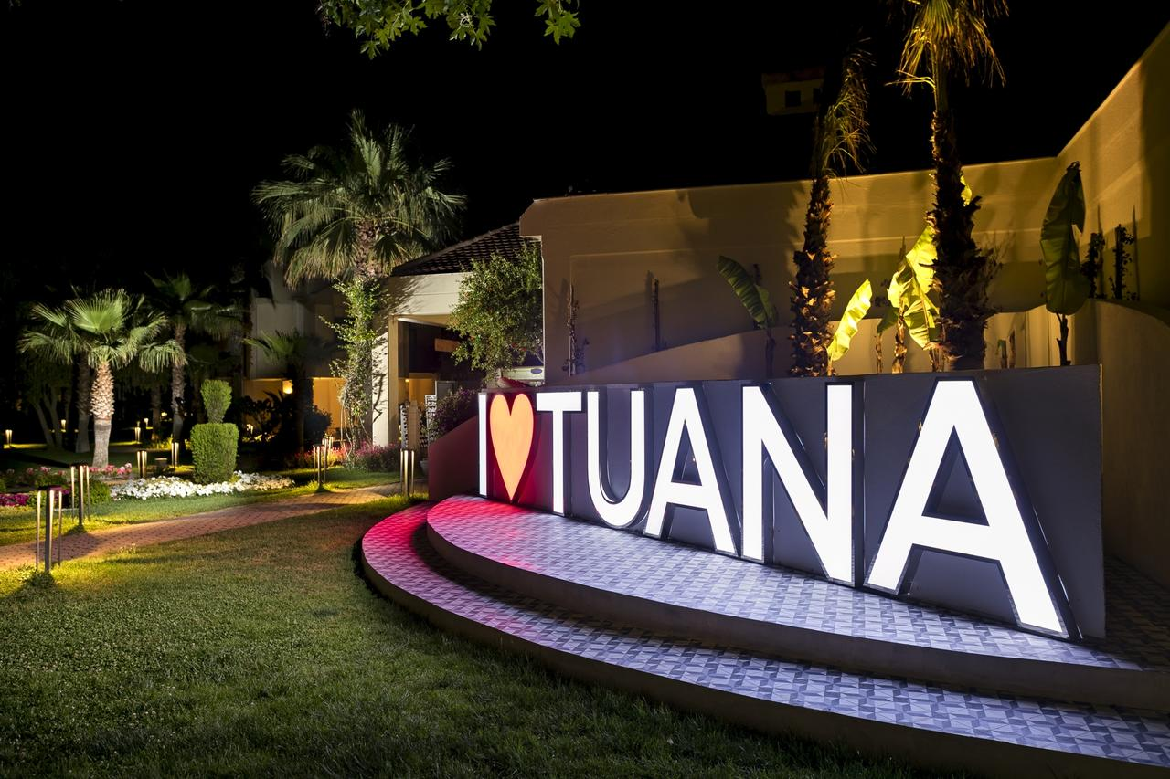 CLUB TUANA