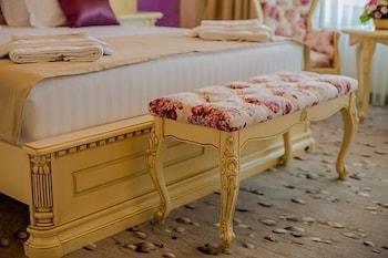 Almar Luxury