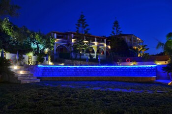 Ionian Aura Apartments