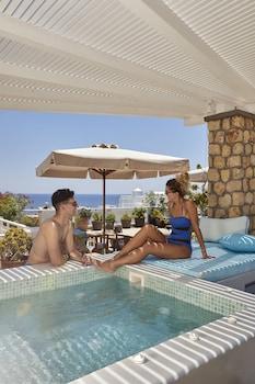Blue Sea Hotel