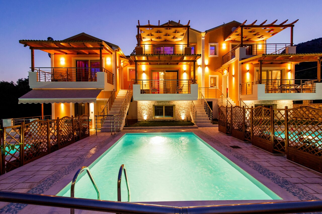All Saints Villas -residences