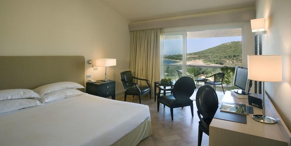 L Ea Bianca Luxury Resort