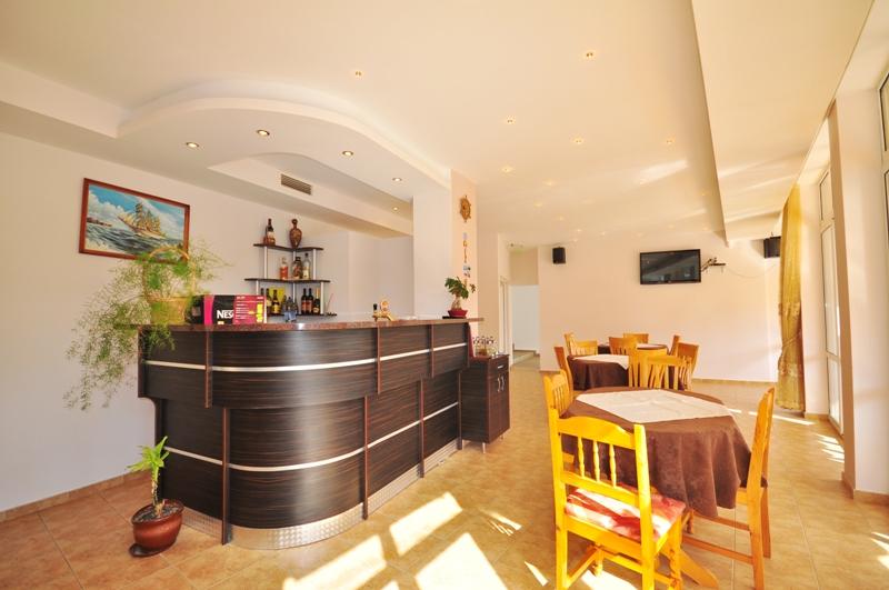 Manolovi Guest House (Obzor) 2*
