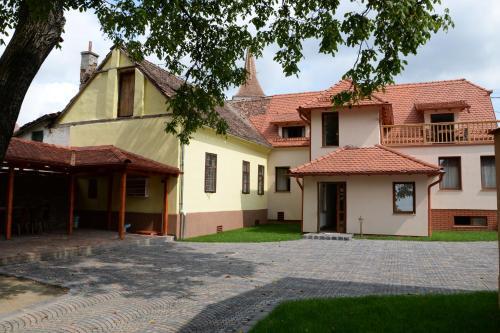 Carolina House