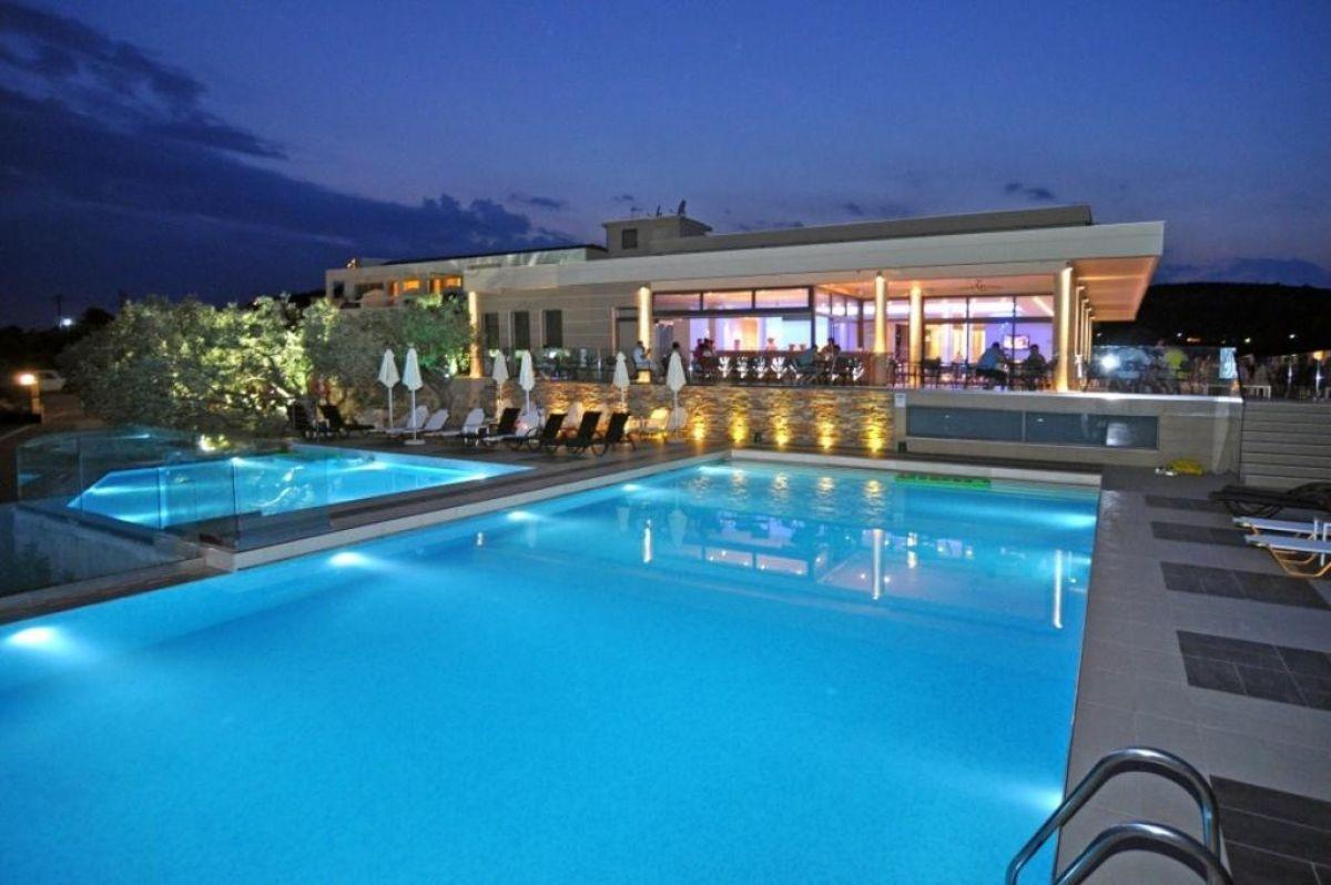 Aeolis Thassos Palace