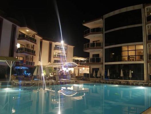 Whispering Sands Resort