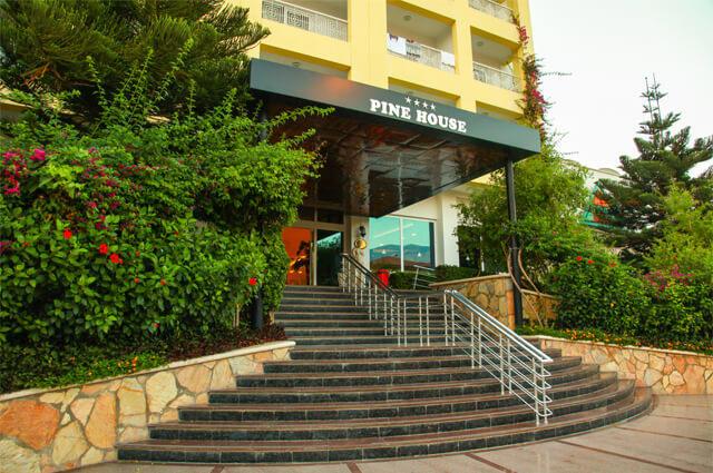PINE HOUSE HOTEL