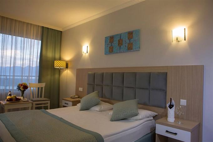 ANTALYA ADONIS HOTEL 5 *