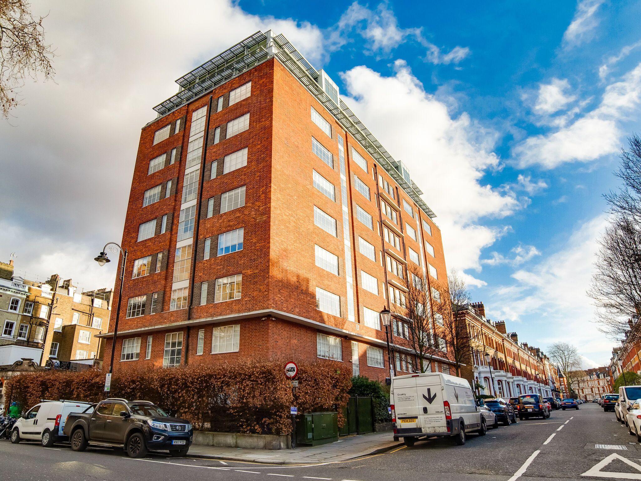 Delightful Apartment In London Near Wildlife Garden