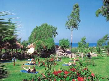 M.c Mahberi Beach