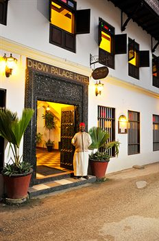 Dhow Palace Hotel
