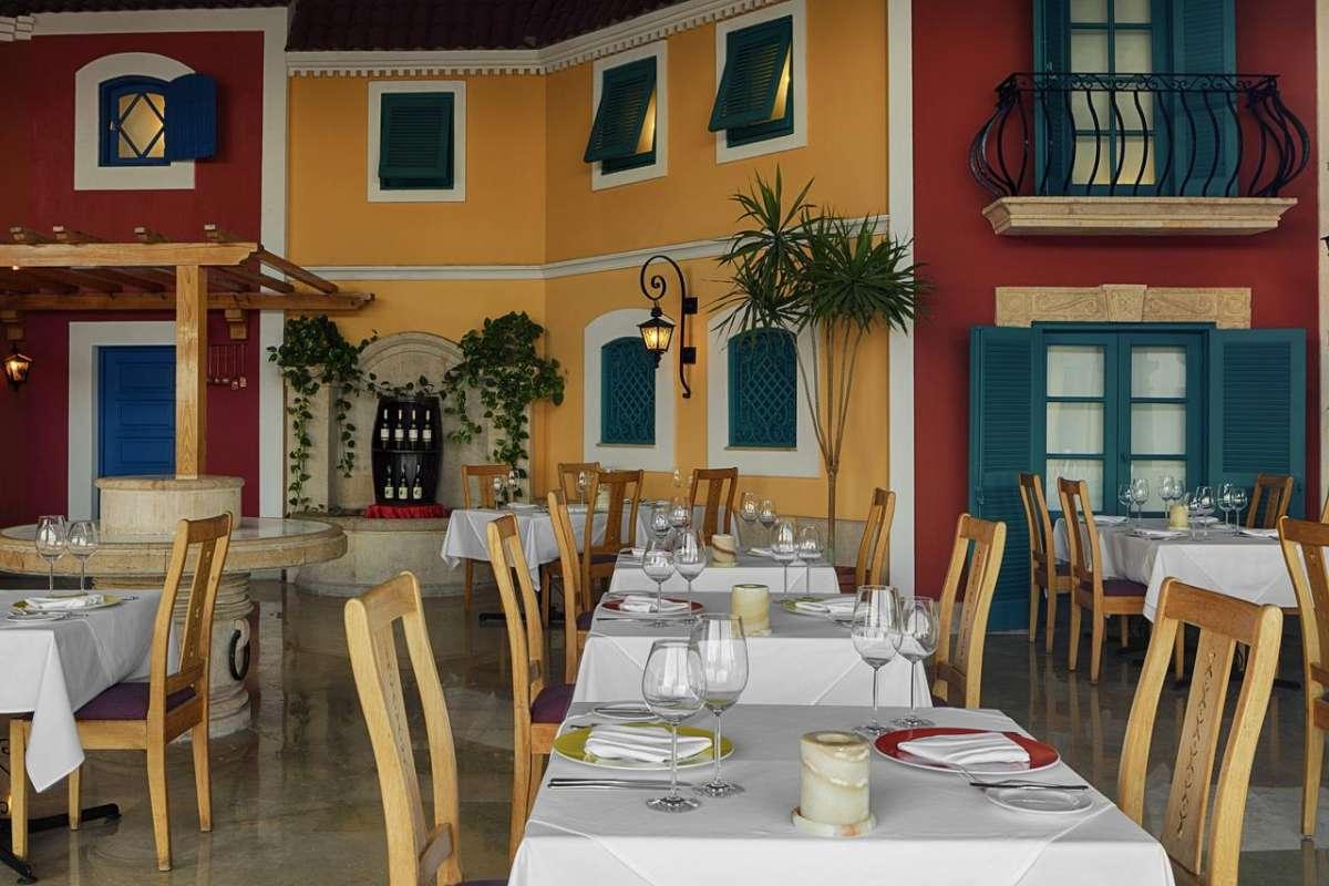 SHERATON SHARM HOTEL RESORT VILLAS & SPA