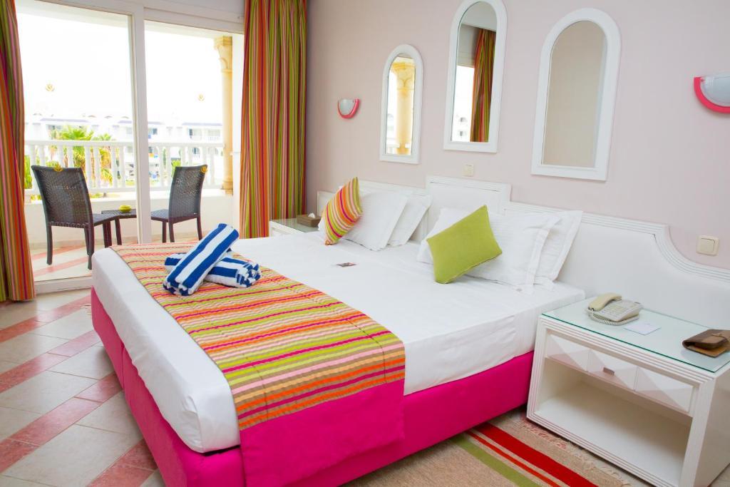 Golden Tulip Taj Sultan Hotel