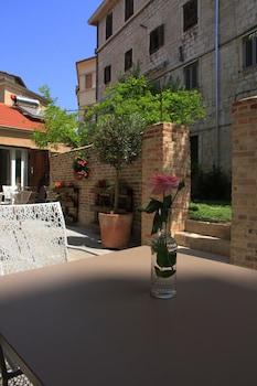 Azur Palace Luxury Rooms