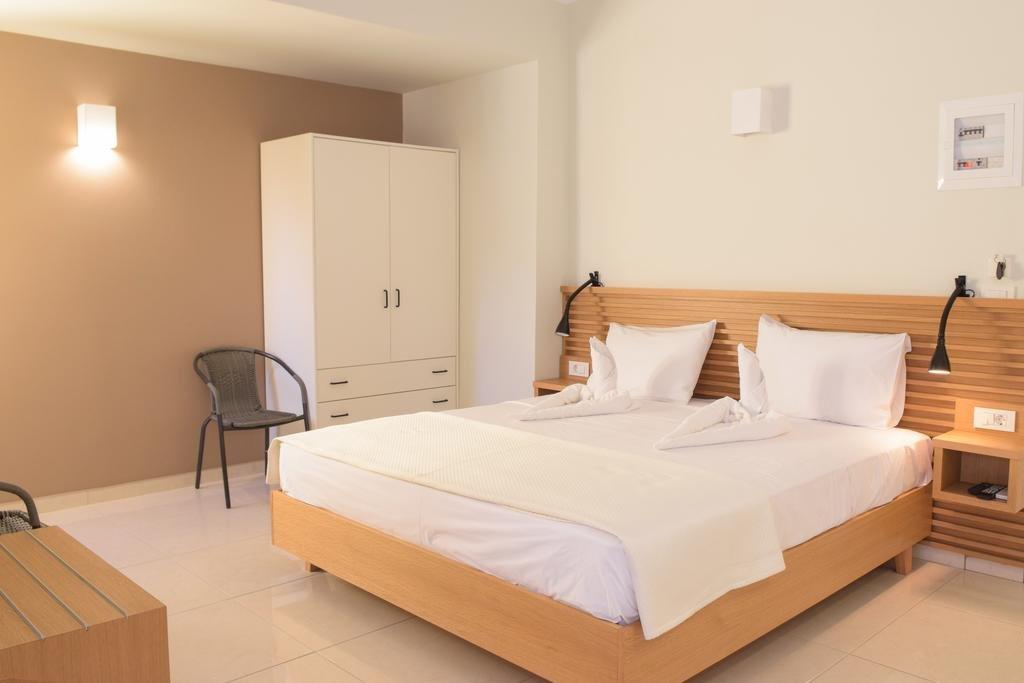 Mithos Premium Rooms (K)