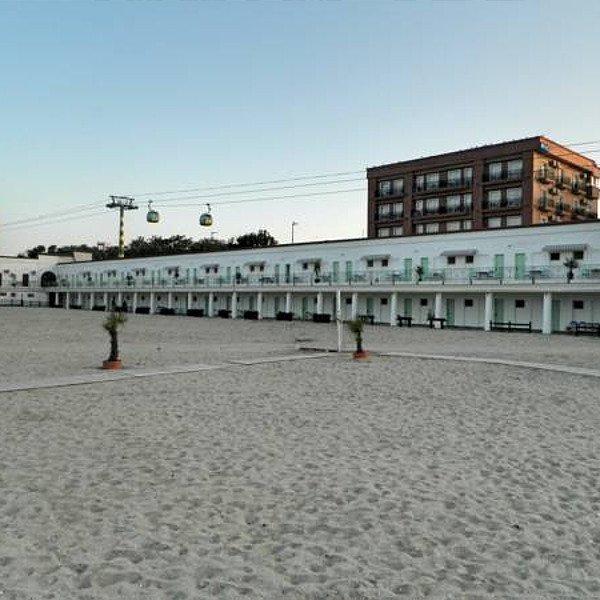 Hostel Casino