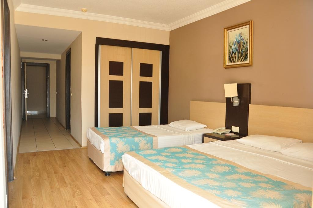 VIKING NONA BEACH HOTEL 4 *