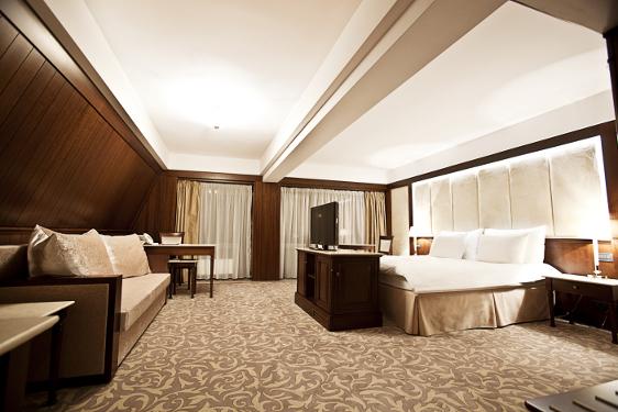 Rusalii - Hotel International - pensiune completa
