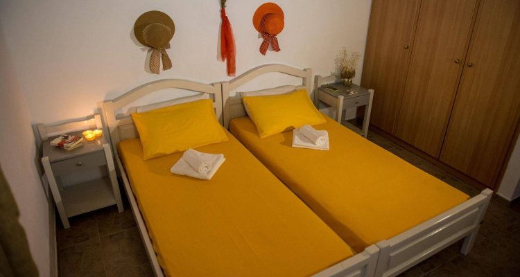 Summer Bed Nydri