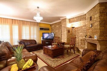 Piraeus Oasis 1 3rd & 4th Floor