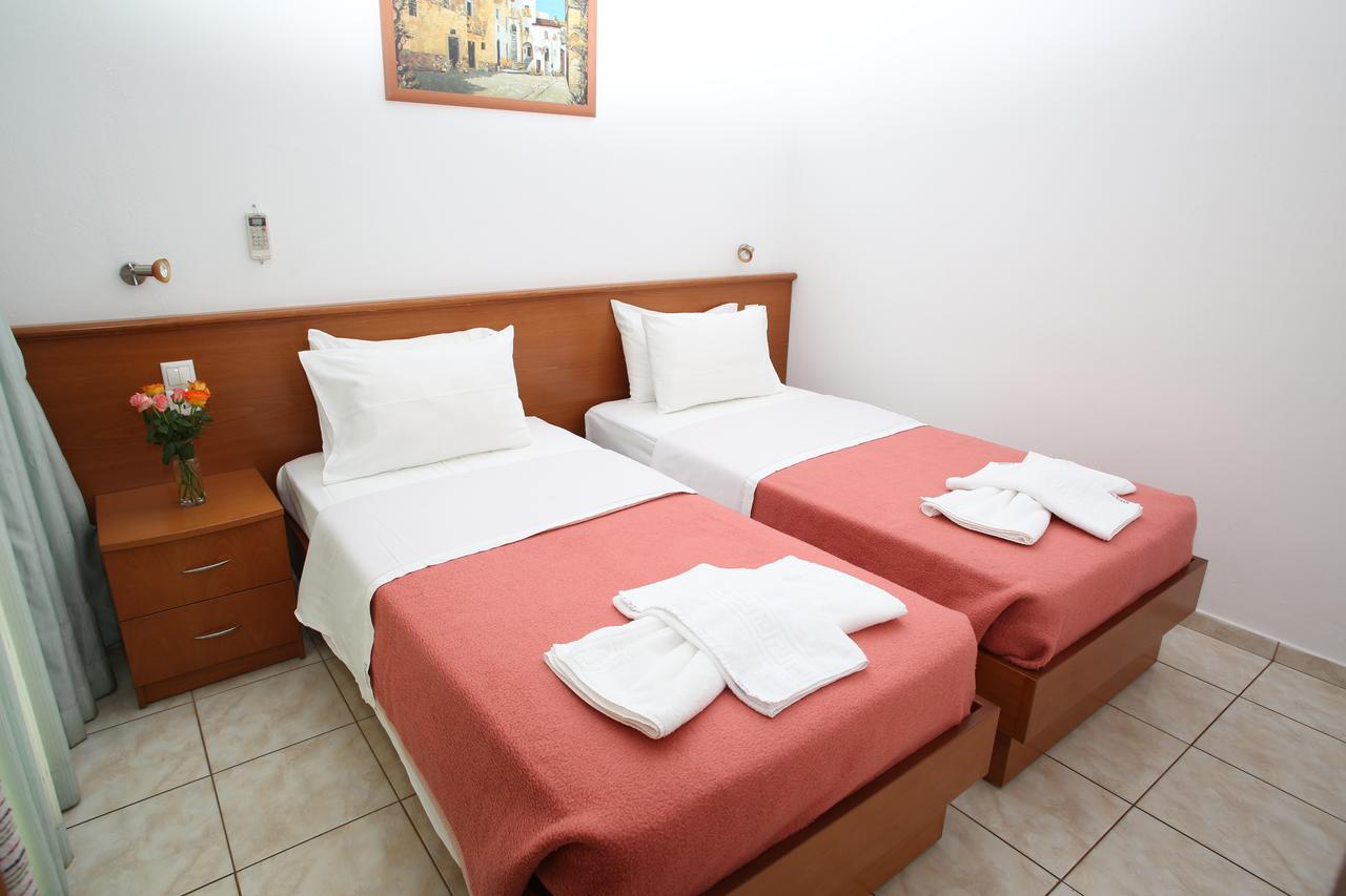 Kiriakos Apartments