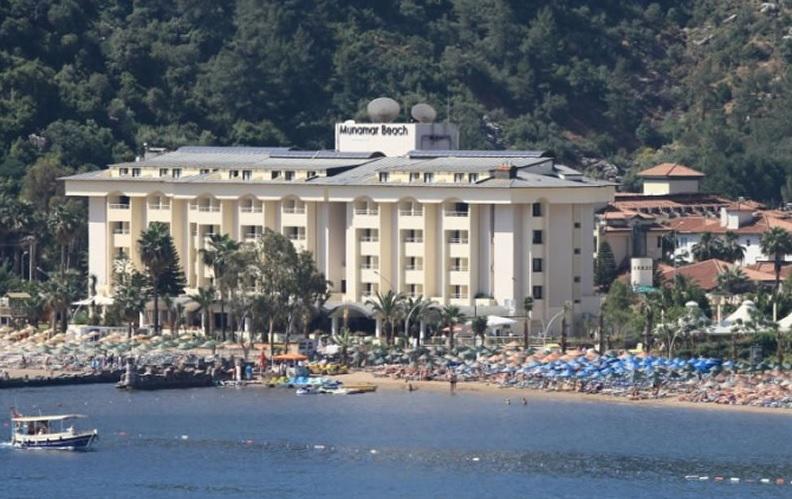 MUNAMAR BEACH RESIDENCE HOTEL