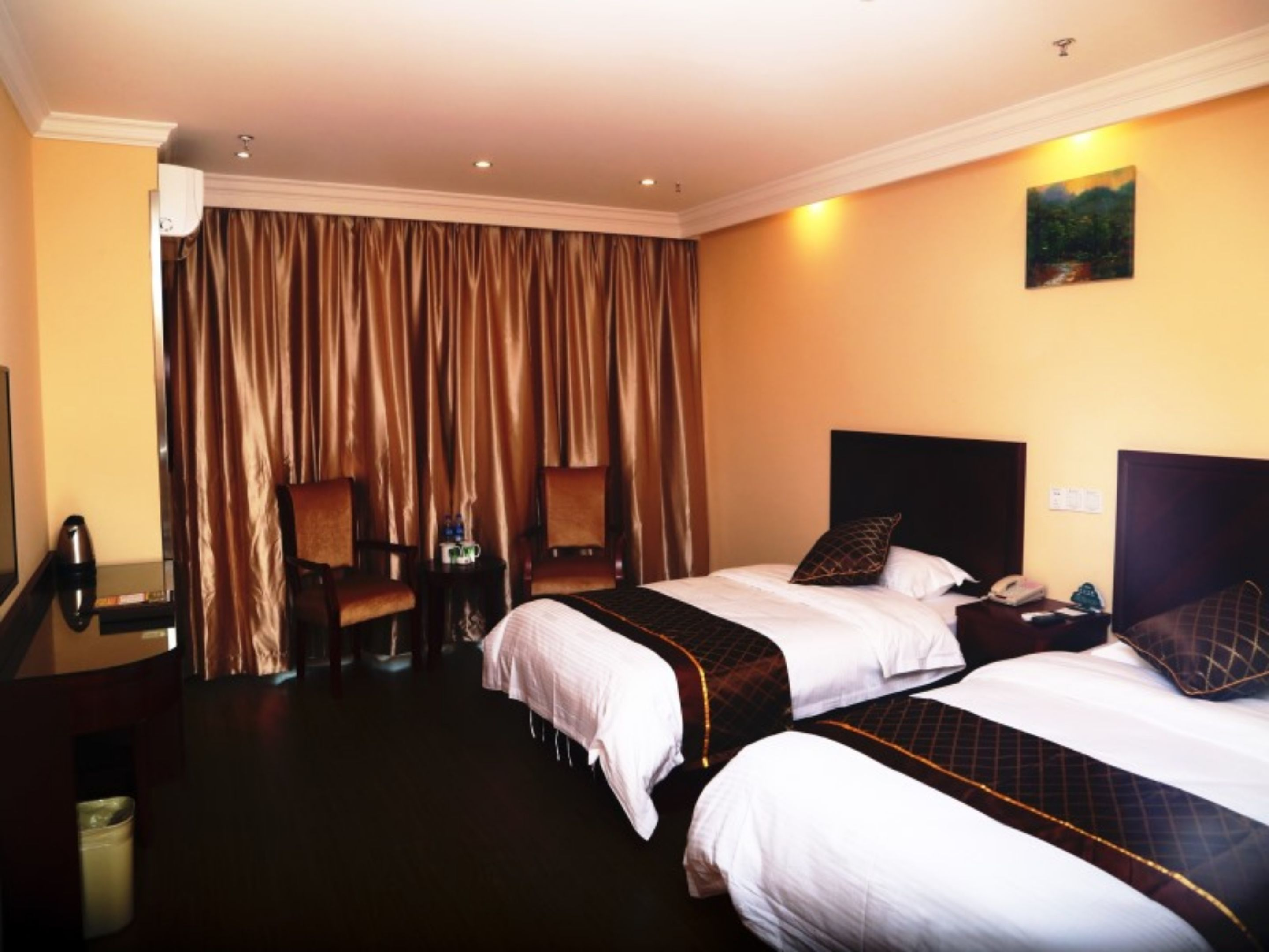 Greentree Inn Shanghai Pudong Airport Heqing Huanqing Middle Road Express Hotel