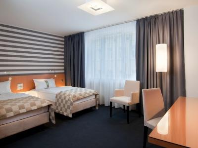 Holiday Inn City