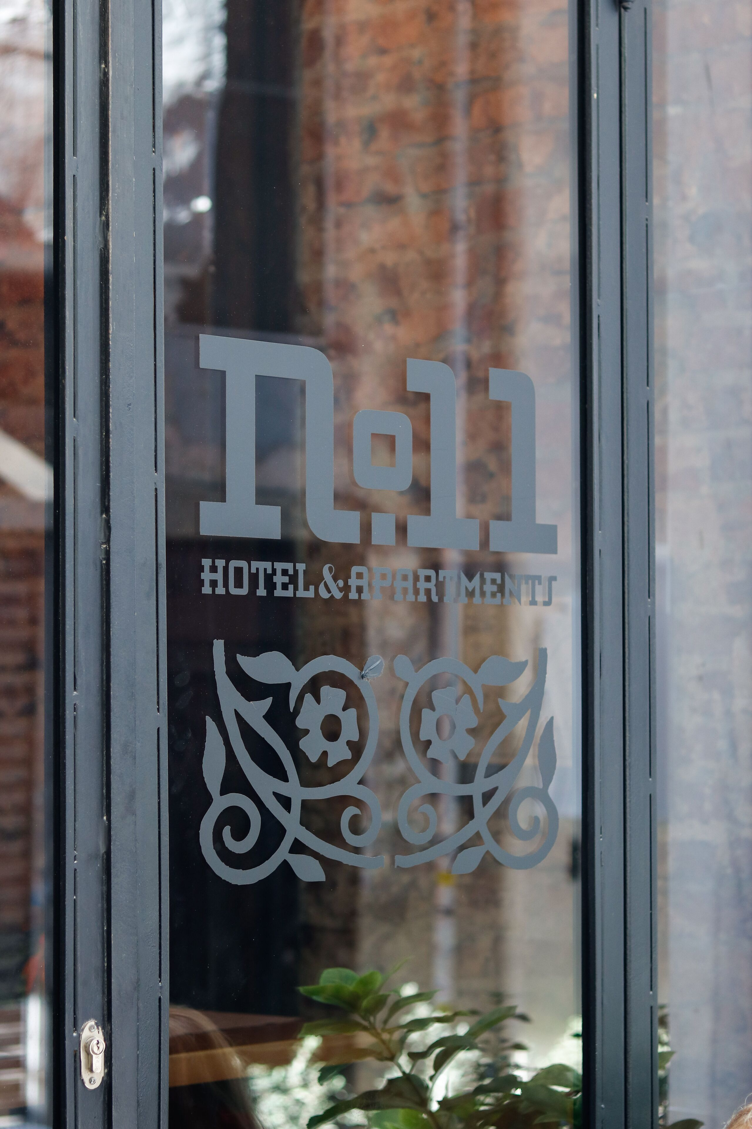 No11 Hotel And Apartments