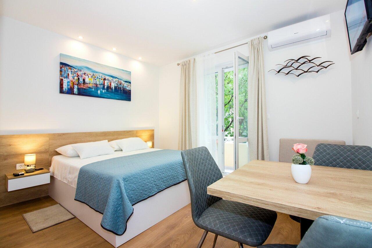 Lugo Apartments