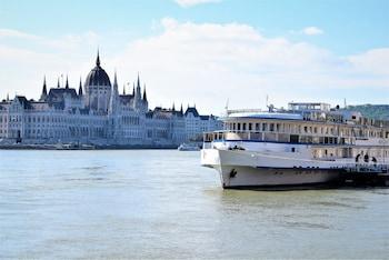 Grand Jules - Boat