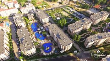 Cascadas Apartments